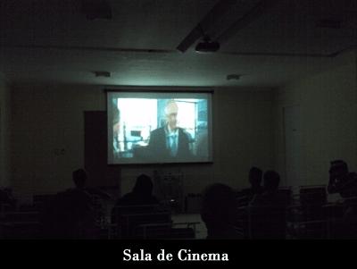 sala de cinema Clínica de Recuperação Ágape